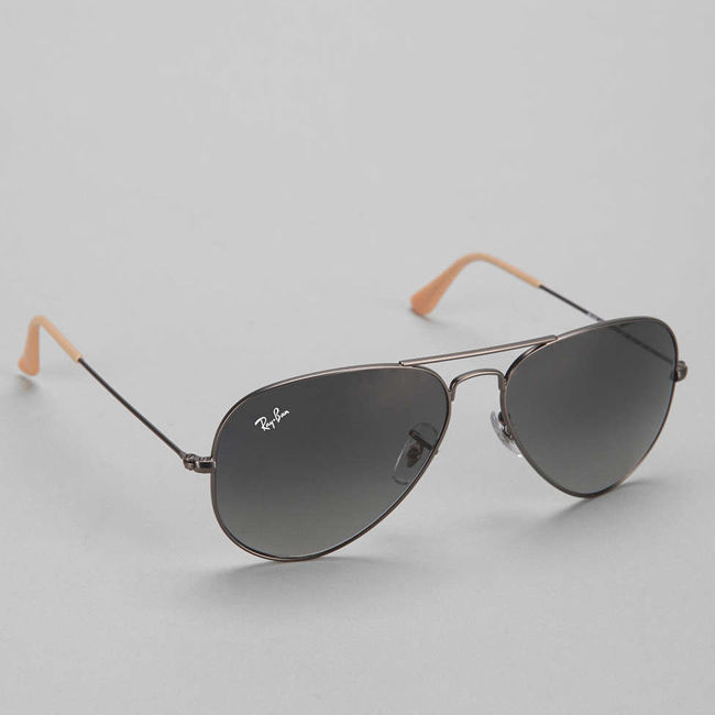 Ảnh của Ray Ban Aviator Sunglasses